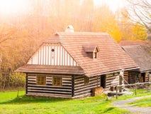 Ξύλινα σπίτια του λαϊκού μουσείου Vesely Kopec Τσεχική αγροτική αρχιτεκτονική Vysocina, Δημοκρατία της Τσεχίας Στοκ φωτογραφίες με δικαίωμα ελεύθερης χρήσης