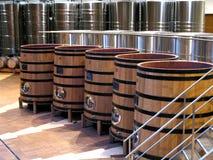 Ξύλινα Fermenters για την οινοποίηση Στοκ φωτογραφία με δικαίωμα ελεύθερης χρήσης