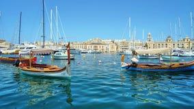 Ξύλινες βάρκες στη μαρίνα Vittoriosa, Senglea, Μάλτα φιλμ μικρού μήκους