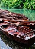 Ξύλινες βάρκες υπόλοιπου κόσμου, εθνικό πάρκο Plitvice, Κροατία Στοκ εικόνες με δικαίωμα ελεύθερης χρήσης