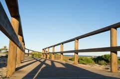 Ξύλινη γέφυρα για πεζούς στοκ φωτογραφία με δικαίωμα ελεύθερης χρήσης