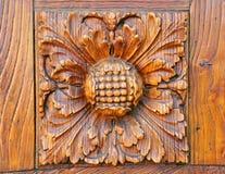 Ξύλινη λεπτομέρεια πορτών στη Φλωρεντία, Ιταλία Στοκ Φωτογραφίες