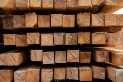 Ξύλινη ξυλεία στο πριονιστήριο στοκ εικόνες με δικαίωμα ελεύθερης χρήσης