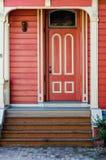 Ξύλινη πόρτα Στοκ φωτογραφία με δικαίωμα ελεύθερης χρήσης