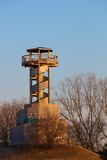 Ξύλινος πύργος το χειμώνα Στοκ εικόνα με δικαίωμα ελεύθερης χρήσης