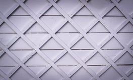 Ξύλινος φράκτης με το τετραγωνικό δικτυωτό πλέγμα σύντομο χρονογράφημα, υπόβαθρο, σύσταση Στοκ φωτογραφία με δικαίωμα ελεύθερης χρήσης