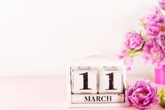 Ξύλινος φραγμός με την ημερομηνία ημέρας μητέρων, στις 11 Μαρτίου στοκ φωτογραφία με δικαίωμα ελεύθερης χρήσης