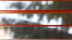 Ξύλινο μήκος σε πόδηα τυφλών χειμερινών παραθύρων hd απόθεμα βίντεο
