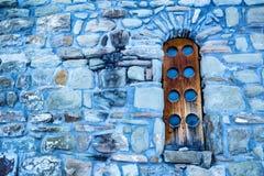 Ξύλινο παράθυρο της κεντρικής εκκλησίας σε Arkhyz Στοκ Εικόνες