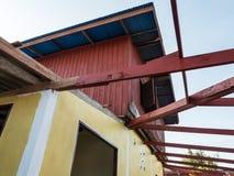Ξύλινο πλαίσιο της στέγης πεζουλιών στοκ φωτογραφία με δικαίωμα ελεύθερης χρήσης