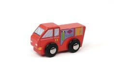 Ξύλινο πυροσβεστικό όχημα παιχνιδιών Στοκ Φωτογραφίες