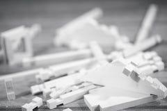 Ξύλινο σπίτι παιχνιδιών Ο κατασκευαστής αποτελείται από το φυσικό ξύλο για το CH Στοκ Εικόνες