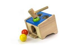 Ξύλινο σφυρί παιχνιδιού και ξύλινο παιχνίδι σφαιρών Στοκ Εικόνες