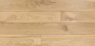 Ξύλινο υπόβαθρο σύστασης για το σχέδιο, τονισμένος βαλανιδιά μπεζ πίνακας Στοκ Εικόνες