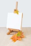 Ξύλινο Easel Στοκ φωτογραφία με δικαίωμα ελεύθερης χρήσης