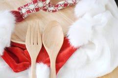 Ξύλινα δίκρανο και κουτάλι που τίθενται για τα Χριστούγεννα Στοκ φωτογραφία με δικαίωμα ελεύθερης χρήσης