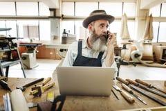 Ξύλινη έννοια εργαστηρίων βιοτεχνίας βιοτεχνών ξυλουργών Στοκ εικόνες με δικαίωμα ελεύθερης χρήσης