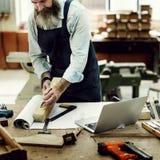 Ξύλινη έννοια εργαστηρίων βιοτεχνίας βιοτεχνών ξυλουργών Στοκ Εικόνες