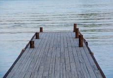 Ξύλινη αποβάθρα θάλασσας Στοκ φωτογραφία με δικαίωμα ελεύθερης χρήσης