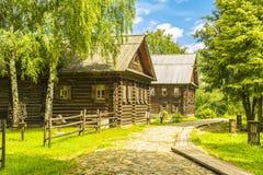 Ξύλινη αρχιτεκτονική, καλύβες Στοκ εικόνα με δικαίωμα ελεύθερης χρήσης