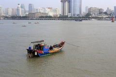 Ξύλινη βάρκα μηχανών στοκ εικόνες