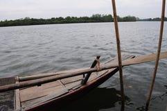 Ξύλινη βάρκα Στοκ Εικόνες