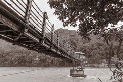 Ξύλινη γέφυρα καλωδίων Στοκ Εικόνα