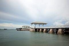 Ξύλινη γέφυρα Atsadang Koh Sichang Στοκ Εικόνες