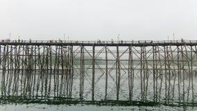 Ξύλινη γέφυρα Mon @Thailand Στοκ φωτογραφία με δικαίωμα ελεύθερης χρήσης