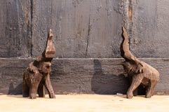 Ξύλινη γλυπτική ελεφάντων Στοκ εικόνα με δικαίωμα ελεύθερης χρήσης