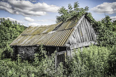Ξύλινη εγκαταλειμμένη καλύβα Στοκ φωτογραφίες με δικαίωμα ελεύθερης χρήσης