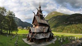 Ξύλινη εκκλησία σανίδων Borgund στη δυτική Νορβηγία Στοκ εικόνα με δικαίωμα ελεύθερης χρήσης