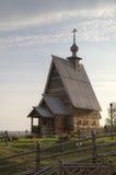 Ξύλινη εκκλησία της αναζοωγόνησης (Voskresenskaya) (1699) στο βουνό Levitan Ples Στοκ φωτογραφία με δικαίωμα ελεύθερης χρήσης