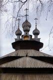Ξύλινη εκκλησία χριστιανισμού στη Ρωσία στοκ φωτογραφίες