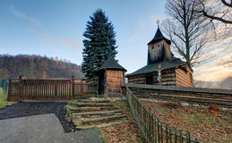 Ξύλινη εκκλησία, Krajne Cierno, Σλοβακία Στοκ φωτογραφία με δικαίωμα ελεύθερης χρήσης