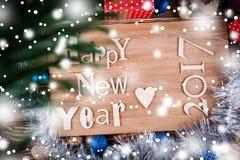 Ξύλινη επιγραφή καλή χρονιά στον ξύλινο πίνακα Στοκ φωτογραφία με δικαίωμα ελεύθερης χρήσης