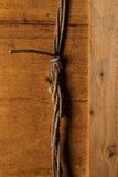Ξύλινη επιφάνεια και παλαιό σχοινί Στοκ φωτογραφίες με δικαίωμα ελεύθερης χρήσης