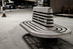 Ξύλινη καρέκλα σιδηροδρομικών σταθμών Στοκ Φωτογραφίες