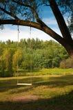 ξύλινη καρέκλα ταλάντευσης Στοκ Εικόνες