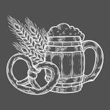 Ξύλινη πιό oktoberfest κούπα μπύρας τεχνών, pretzel, σίτος Μαύρο χαραγμένο τρύγος χέρι που σύρεται ελεύθερη απεικόνιση δικαιώματος