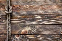 Ξύλινη σύσταση με το θαλάσσιο κόμβο Στοκ φωτογραφίες με δικαίωμα ελεύθερης χρήσης