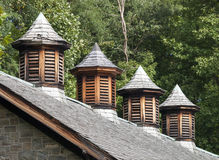 Ξύλινοι θόλοι σιταποθηκών στοκ εικόνα με δικαίωμα ελεύθερης χρήσης