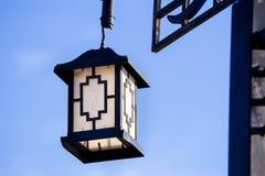 Ξύλινος ανώτατος λαμπτήρας με το κινεζικό ύφος Στοκ εικόνες με δικαίωμα ελεύθερης χρήσης