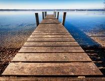 Ξύλινος λιμενοβραχίονας Στοκ εικόνα με δικαίωμα ελεύθερης χρήσης