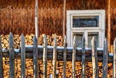 Ξύλινος που συγκομίζεται για το χειμώνα Στοκ Φωτογραφίες