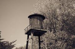 Ξύλινος πύργος νερού στοκ εικόνες