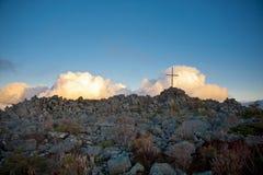 Σταυρός στην κορυφή Στοκ Φωτογραφίες
