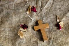 Ξύλινος σταυρός Στοκ φωτογραφίες με δικαίωμα ελεύθερης χρήσης