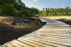 Ξύλινος τρόπος γεφυρών Στοκ φωτογραφίες με δικαίωμα ελεύθερης χρήσης