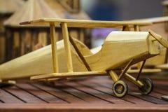 Ξύλινο αεροπλάνο παιχνιδιών Στοκ Εικόνες